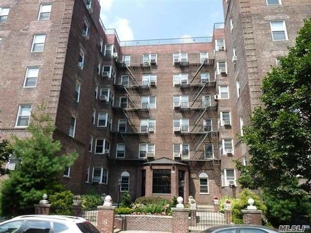 99 45 67th Road 523 Forest Hills NY 11375 Sales Floorplans Property Records