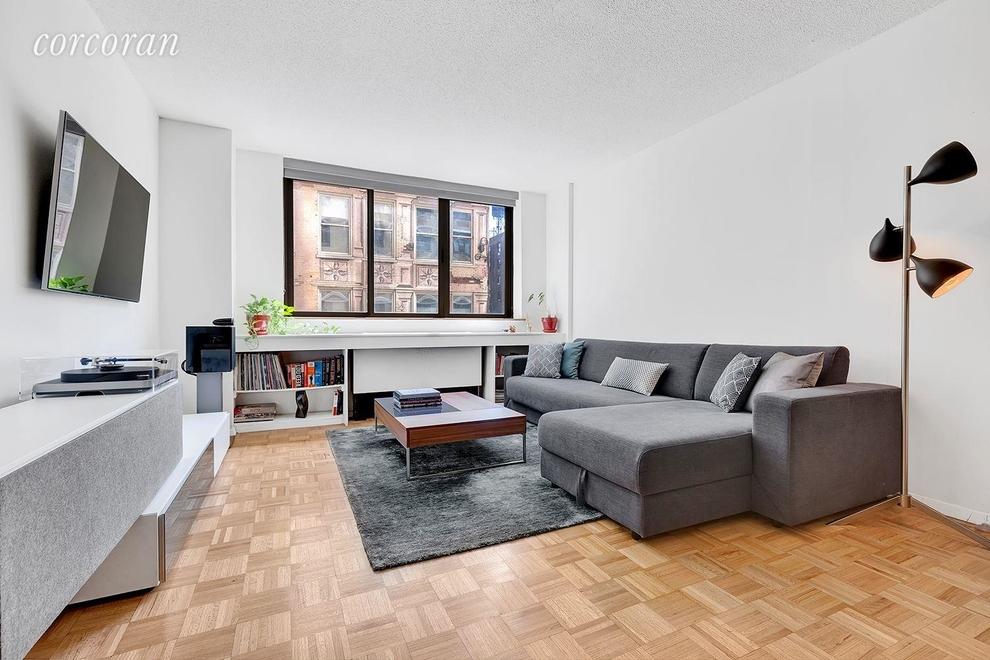 Building at 280 Park Avenue South, New York, NY 10010