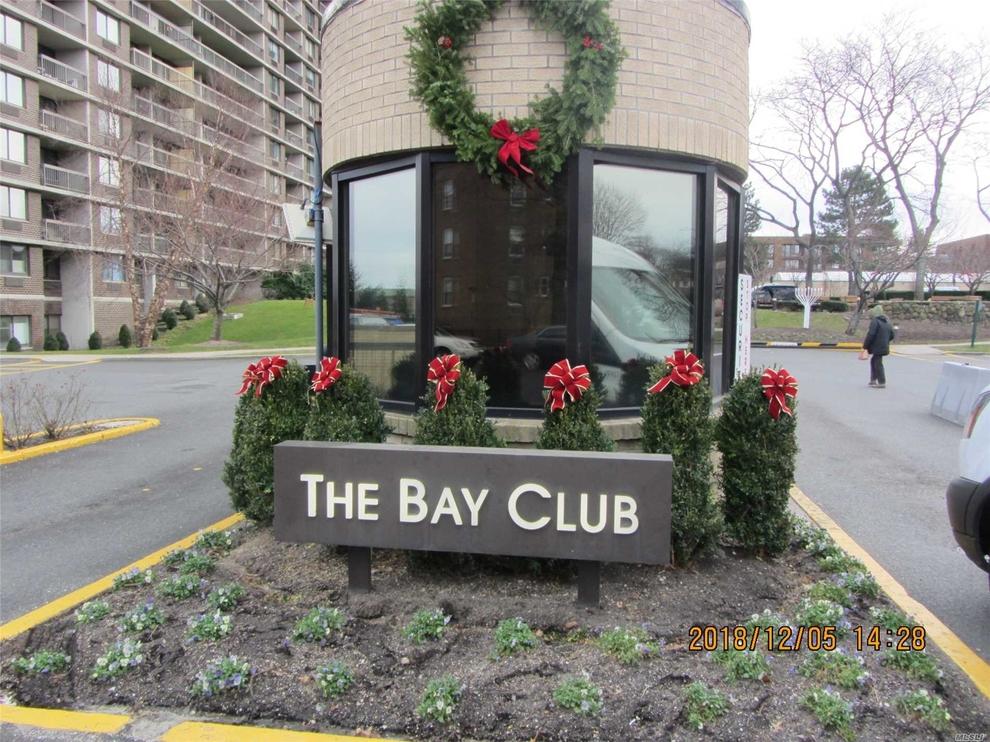 2 Bay Club Drive Bayside Ny 11360 Sales Floorplans Property Records Realtyhop