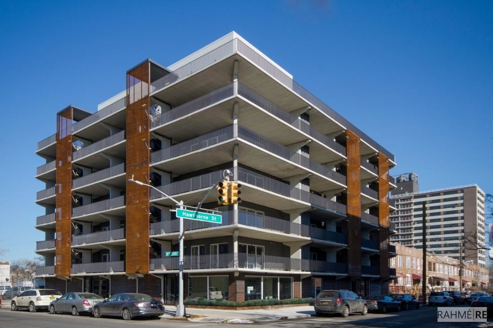 Building at 651 New York Avenue, Brooklyn, NY 11203