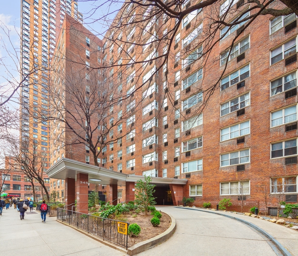 145 West 58th Street Rentals: 345 West 58th Street, New York, NY 10019: Sales