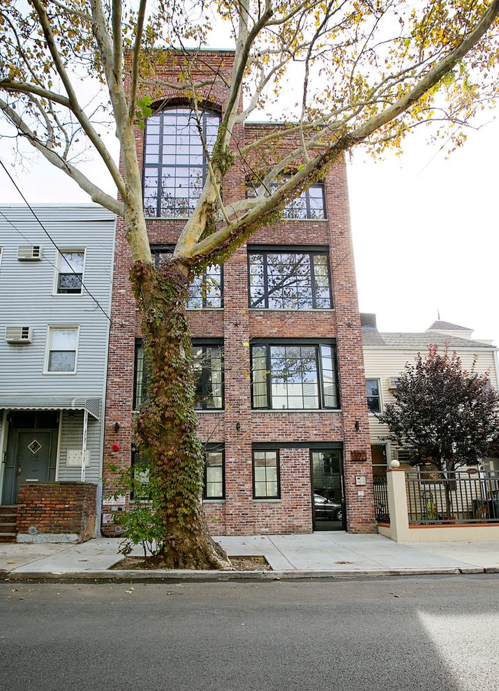 Building at 174 Jackson Street, Brooklyn, NY 11211
