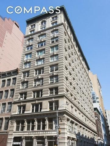Building at 366 Broadway, New York, NY 10013