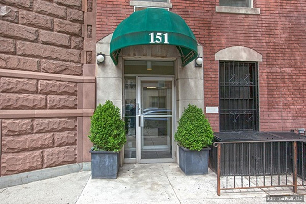 Building at 151 East 20th Street, New York, NY 10003