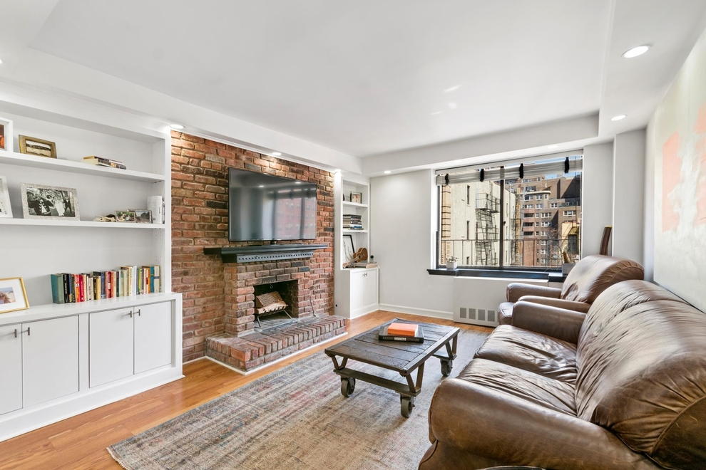 160 East 26th Street #6G, New York, NY 10010: Sales