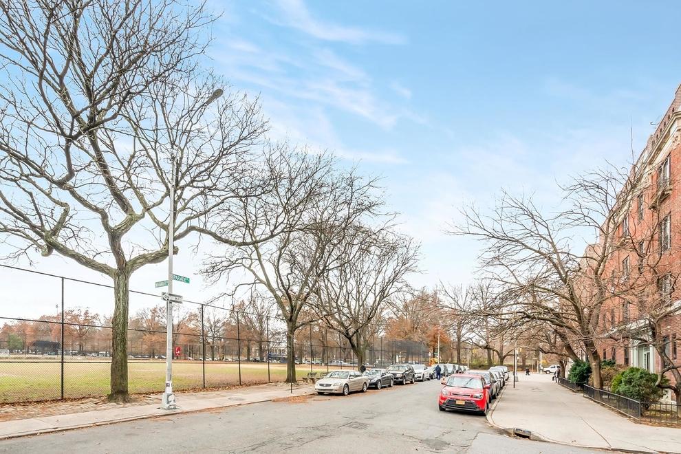 25 Parade Place, Brooklyn, NY 11226: Sales, Floorplans