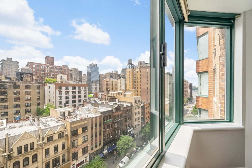201 West 72nd Street, New York, NY 10023: Sales, Floorplans