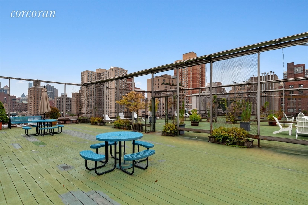 215 East 24th Street, New York, NY 10010: Sales, Floorplans
