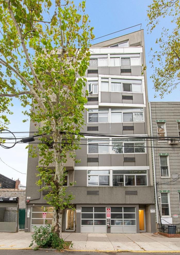 Building at 154 Skillman Avenue, Brooklyn, NY 11211