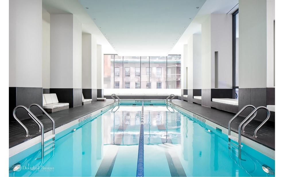 Building at 15 William Street, New York, NY 10005