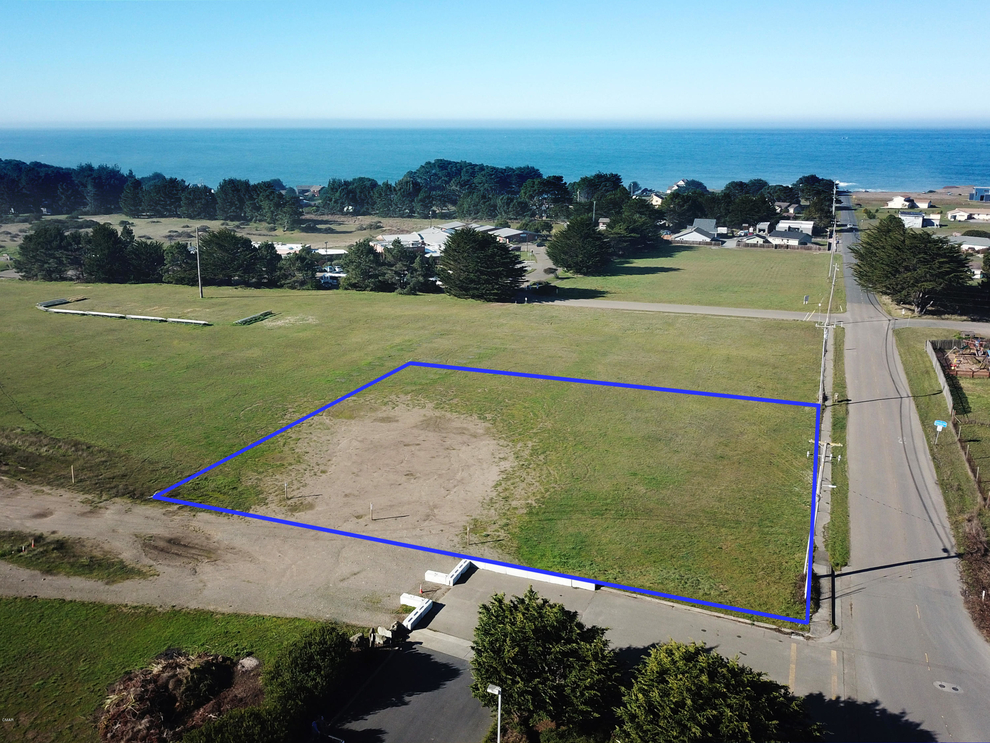 Building at 200 West Ocean View Drive, Fort Bragg, CA 95437